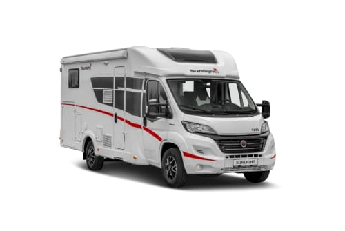 Hire a motorhome in Eppendorf from private owners| Sunlight Sunlight T67S