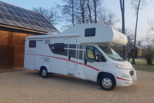 Hire a motorhome in Bad Laer from private owners| Sunlight Sunlight A70