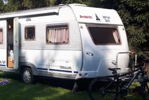 Hire a motorhome in Tullnerbach from private owners| Dethleffs Nouvelle Vague