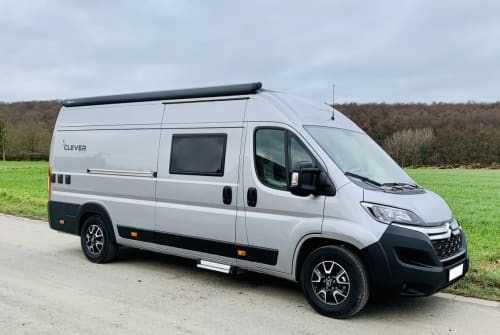 Hire a motorhome in Schwerte from private owners| Clever Runner
