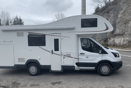 Hire a motorhome in Emmendingen from private owners| RollerTeam EMI