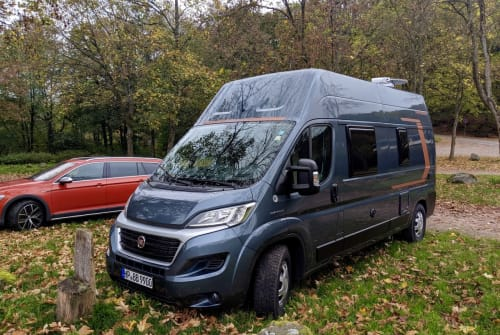 Hire a motorhome in Heppenheim from private owners| Weinsberg Cara 600