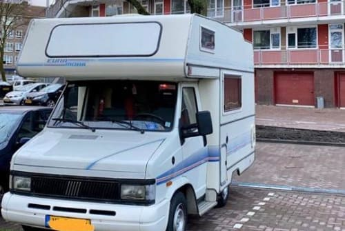 Hire a motorhome in Amsterdam from private owners| Fiat Freddie de Fiat