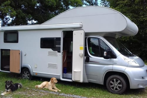 Hire a motorhome in Bruckmühl from private owners| LMC Miss Liberty