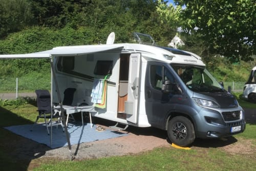 Hire a motorhome in Siegen from private owners| Weinsberg RollStüberl