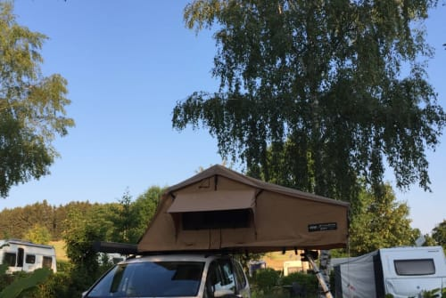 Hire a motorhome in Erzhausen from private owners| VW Caddy Cool
