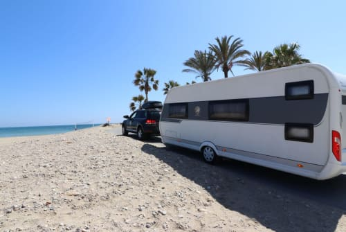 Hire a motorhome in Weißenburg im Bay. from private owners| Hobby Familiencaravan
