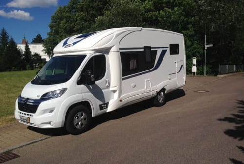 Hire a motorhome in Magdeburg from private owners  PLA Elbebiber