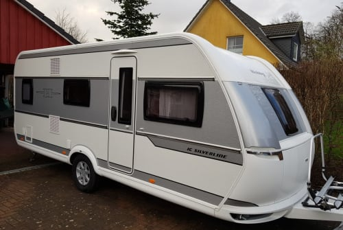 Hire a motorhome in Probsteierhagen from private owners| Hobby Wilma Ruhe