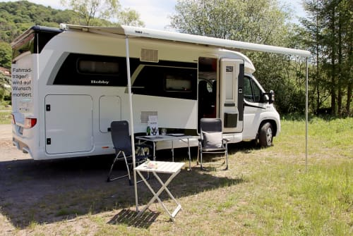Hire a motorhome in Bad Neuenahr-Ahrweiler from private owners| Hobby Foxi