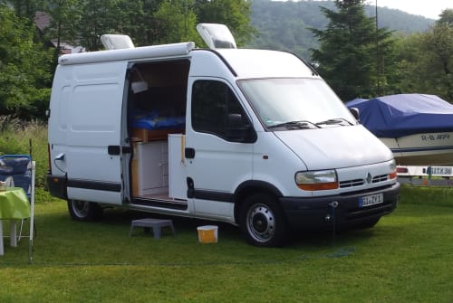Hire a motorhome in Langgöns from private owners| Renault Master Bus