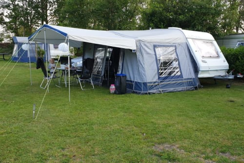 Hire a motorhome in Raalte from private owners| Euroland  Euroland 380