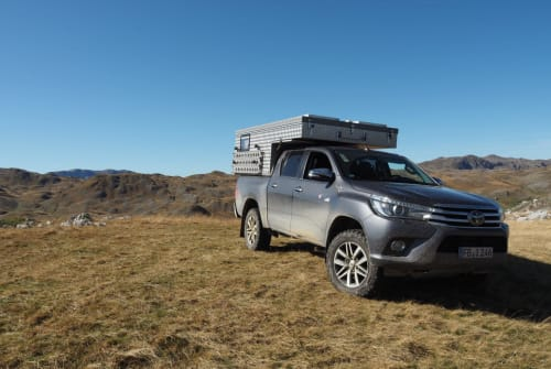 Hire a motorhome in Reichelsheim from private owners| Toyota Hilüxchen