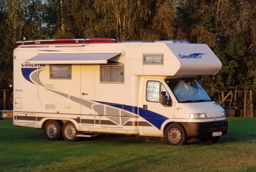 Hire a motorhome in Barendorf from private owners| Concorde FREEDOM 4,5 t