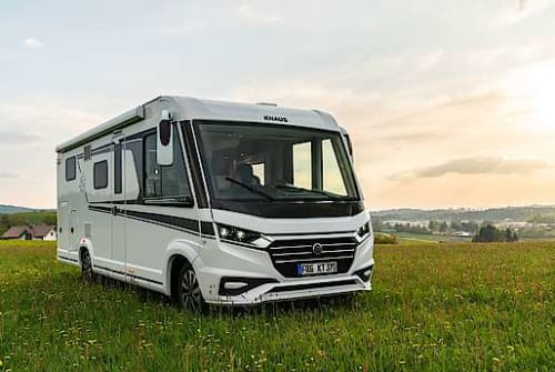 Hire a motorhome in Sassenberg from private owners| Knaus Live I