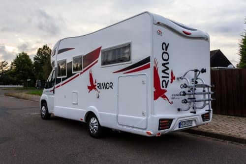 Hire a motorhome in Hohenhameln from private owners| Rimor Europeo 98 Plus