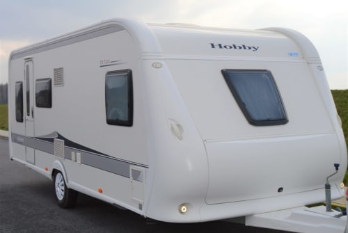 Hire a motorhome in Schwerin from private owners| Hobby Belle