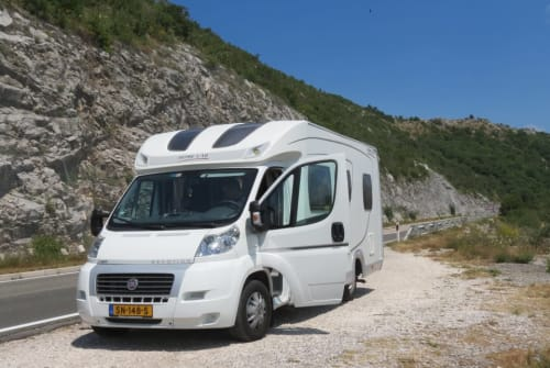 Hire a motorhome in Kortgene from private owners| Home Car Ons ZeeuwsGeluk
