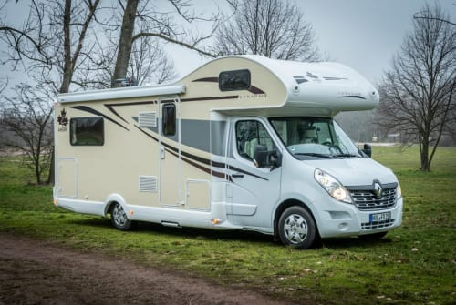 Hire a motorhome in Halle from private owners| Ahron Carl Caravan