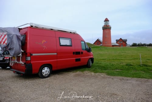 Hire a motorhome in Nieuw-Buinen from private owners| Peugeot  Het rode bussie