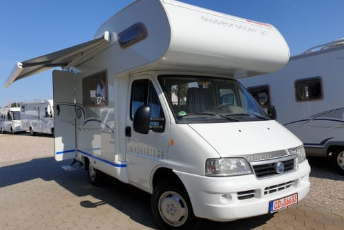 Hire a motorhome in Bardowick from private owners| Fiat Dethleffs Advantage Purzel