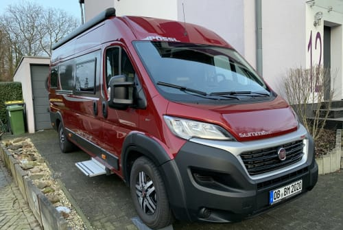 Hire a motorhome in Oberhausen from private owners| Pössl bed-mobil