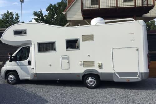 Hire a motorhome in Bergschenhoek from private owners  Roller Trigano Granduca XXL Garage FamilyCamperXXL