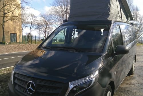 Hire a motorhome in Erlangen from private owners| Mercedes Benz  Friedolin