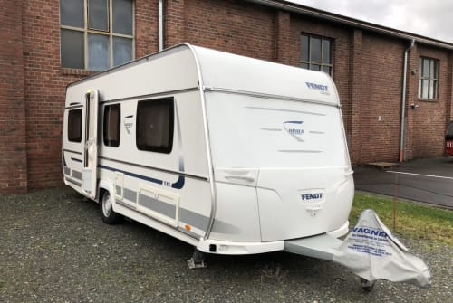 Hire a motorhome in Pfungstadt from private owners| Fendt Bertus