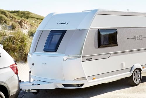 Hire a motorhome in Ilmenau from private owners| Hobby Mario's Camper