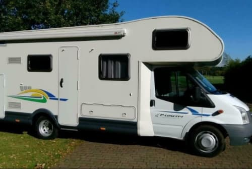 Hire a motorhome in Teistungen from private owners  Chausson Bella