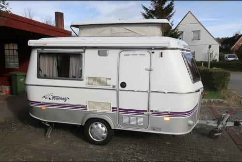 Hire a motorhome in Flensburg from private owners| Eriba Touring Kalli