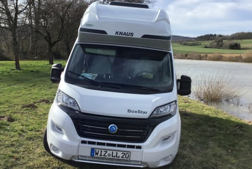 """Hire a motorhome in Witzenhausen from private owners  Knaus """"CUV"""""""