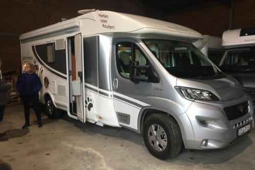 Hire a motorhome in Rosbach vor der Höhe from private owners| Miller Dogliner