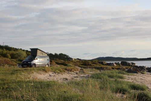 Hire a motorhome in Rosenheim from private owners| VW Der Chiemgauer