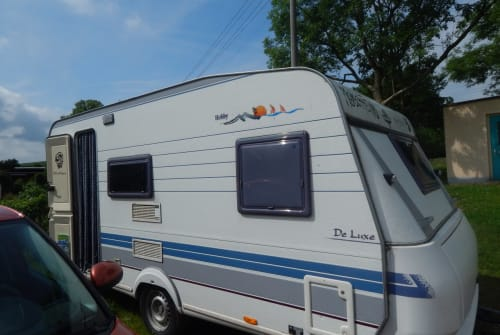 Hire a motorhome in Schneeberg from private owners| Hobby Hobby Deluxe