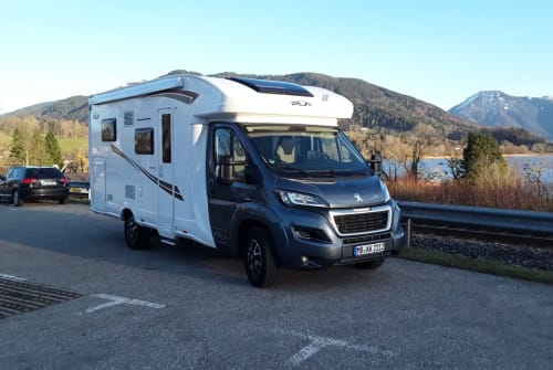 Hire a motorhome in Waakirchen from private owners| P.L.A Strolch