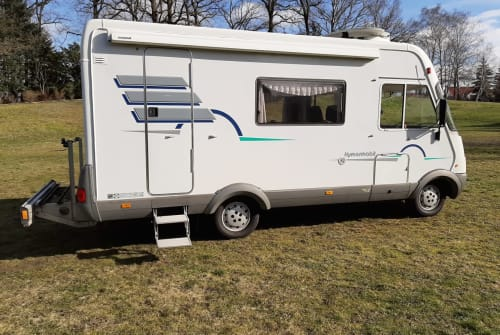 Hire a motorhome in Meine from private owners| Hymer Hymi_01