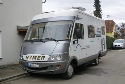 Hire a motorhome in Nehren from private owners| Hymer  Hymer B 524