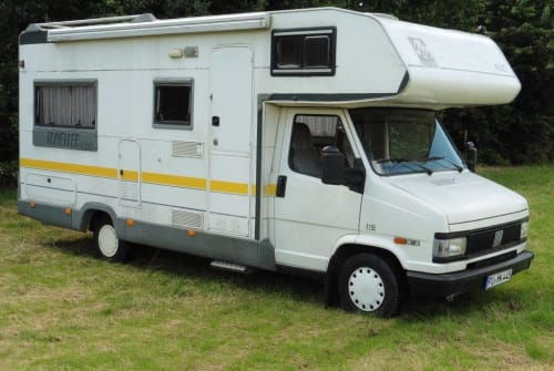 Hire a motorhome in Kummerfeld from private owners| Fiat Ducato KNAUSI
