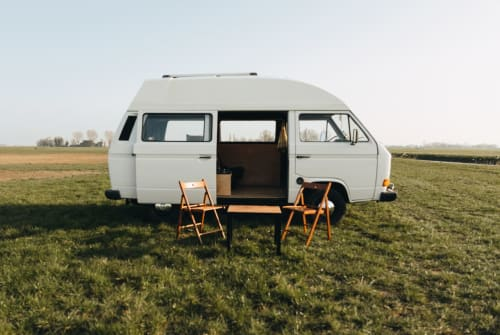 Hire a motorhome in Leeuwarden from private owners| VW Volkswagen T3