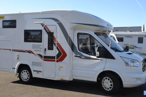 Hire a motorhome in Heitersheim from private owners  Challanger Striegel 1118