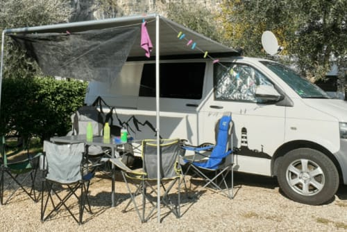 Hire a motorhome in Anröchte from private owners| VW T5  Familiencamper