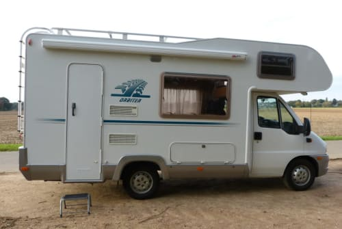 Hire a motorhome in Eindhoven from private owners| Weinsberg Campertrotter