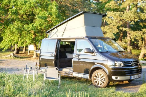 Hire a motorhome in Berlin from private owners| VW Mira