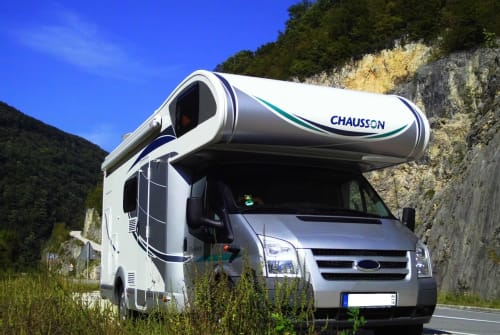 Hire a motorhome in Groß Teetzleben from private owners  Chausson 'Schnipo' M-V