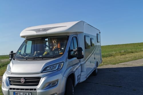 Hire a motorhome in Morschen from private owners| Miller Vizsla-Hopper