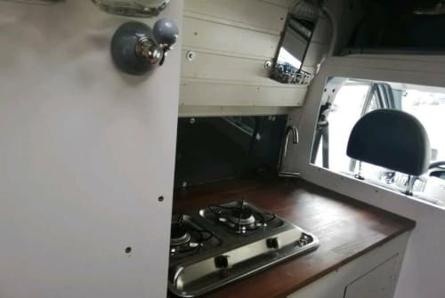 Hire a motorhome in Berlin from private owners| Ford Frank