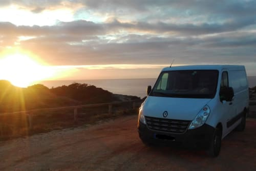 Hire a motorhome in Kronburg from private owners| Renault Roadmaster
