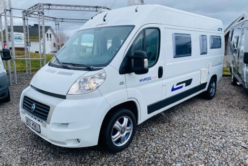Hire a motorhome in Pößneck from private owners| Fiat Ducato Herr Kyros for2